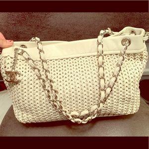 Authentic Chanel Handbag in PRISTINE Condition.